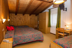Hotel-Ristorante-Sport-Sappada-Dolomiti-sapori-unici-a-sappada-13-300x200