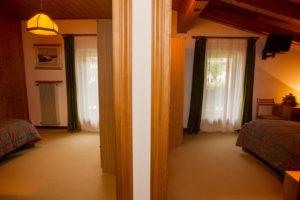 Hotel-Ristorante-Sport-Sappada-Dolomiti-sapori-unici-a-sappada-16-300x200