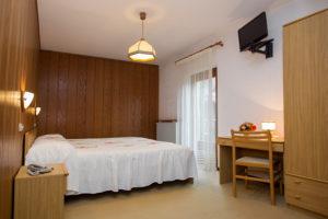 Hotel-Ristorante-Sport-Sappada-Dolomiti-sapori-unici-a-sappada-9-300x200