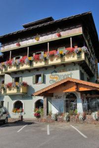 Hotel-Sport-Sappada-Dolomiti-Hotel-in-centro-a-Sappada-vicino-alle-piste-9-200x300